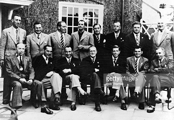 Golf 1949 Ryder Cup A group picture of the Great Britain and Northern Ireland team AH Padgham A Lees J Adams M Faulkner F Daly R Burton LB Ayton AG...