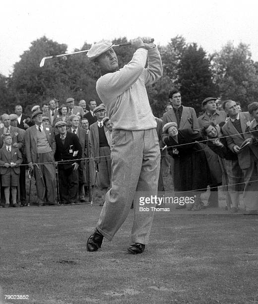 Golf, 1953 Ryder Cup at Wentworth, A picture of Ted Kroll of the USA playing a shot