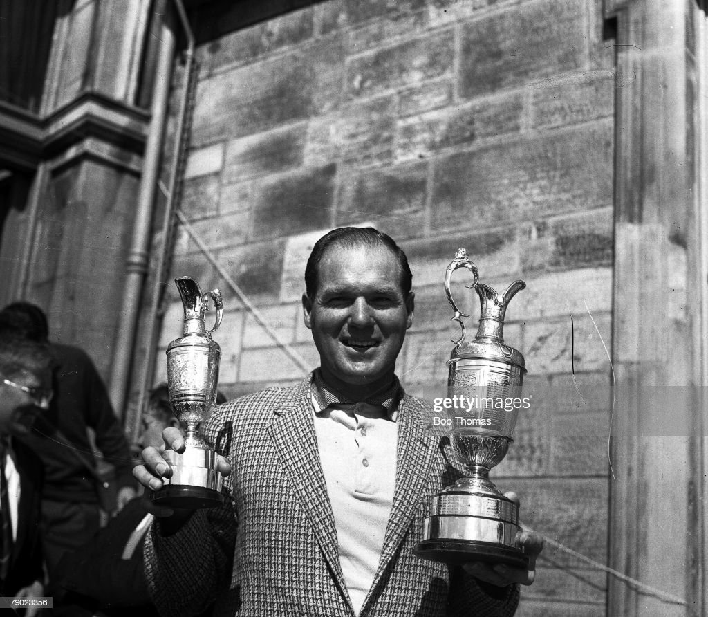 Golf. 1960 British Open Golf Championship. St. Andrews. Australia+s Kel Nagle celebrates with the Claret Jug as as he wins the 1960 Open. : News Photo