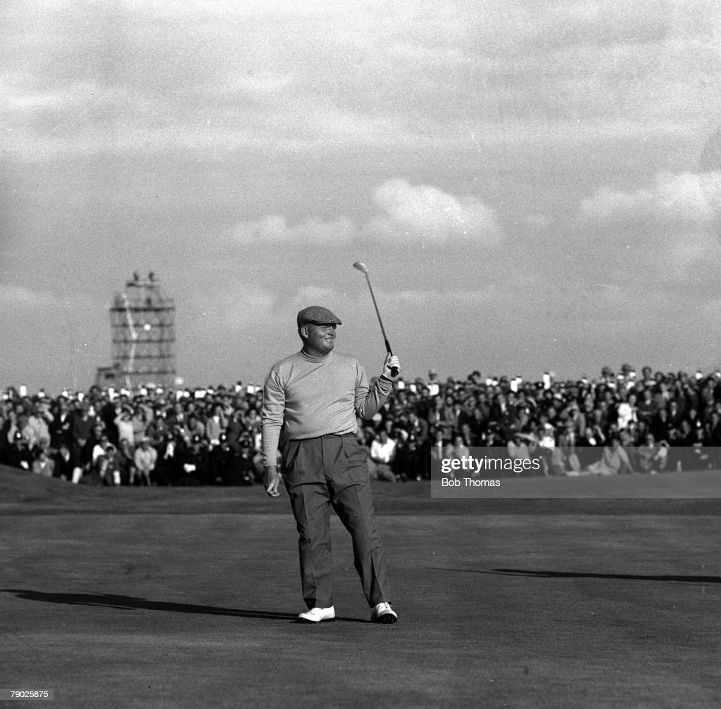 Golf, 1963 British Open Golf Championship, Royal Lytham & St Annes, U,S,A, 's Phil Rodgers acknowledges the crowd after sinking a putt