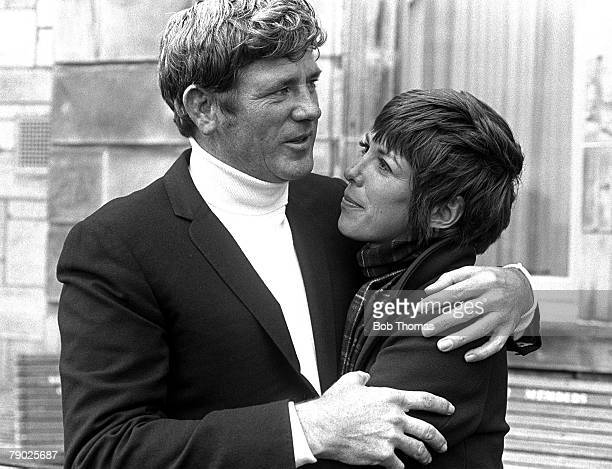 Golf 1970 British Open Golf Championship at St Andrews A portrait of Doug Sanders of the USA with his wife He eventually lost to Jack Nicklaus in the...