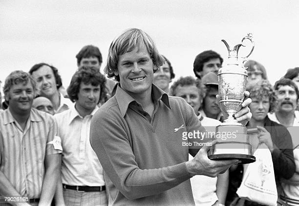 Golf 1976 British Open Championship at Royal Birkdale A picture of Johnny Miller of the USA holding up the Claret Jug