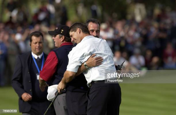 Golf, 34th Ryder Cup Matches, The Belfry, England, 29th September 2002, Europe 15 1/2 beat USA 12 1/2, Europe's Padraig Harrington is congratulated...