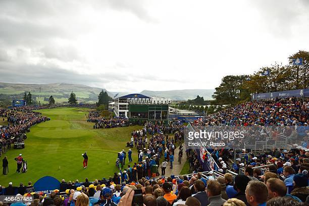 40th Ryder Cup Overall view of Team USA Phil Mickelson in action drive from No 1 tee during Sunday Singles Matches on PGA Centenary Course at The...