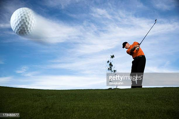 golf ball in motion - golf swing stock pictures, royalty-free photos & images