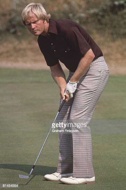 Golf British Open Jack Nicklaus in action putt on Friday at Royal Birkdale Southport GBR 7/9/1976
