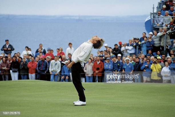John Cook misses a putt in final round action during Sunday play at Muirfield Golf Links. Gullane, Scotland 7/19/1992 CREDIT: Jacqueline Duvoisin