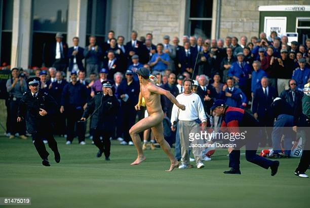 Golf British Open Male streaker Mark Roberts running on green during Sunday play St Andrews GBR 7/23/1995