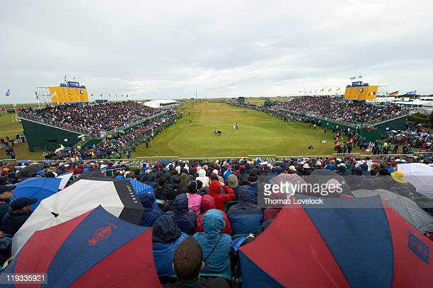 Scenic view of Phil Mickelson and Anthony Kim on No 18 green during Sunday play at Royal St. George's GC. Sandwich, England 7/17/2011 CREDIT: Thomas...
