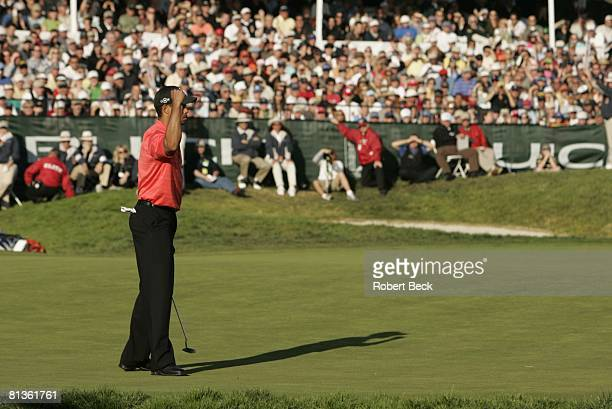 Golf: Buick Invitational, Tiger Woods victorious during Sunday play at Torrey Pines GC, La Jolla, CA 1/29/2006