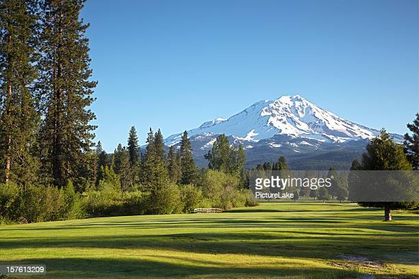 golf course and mt shasta morn - mt shasta stock pictures, royalty-free photos & images