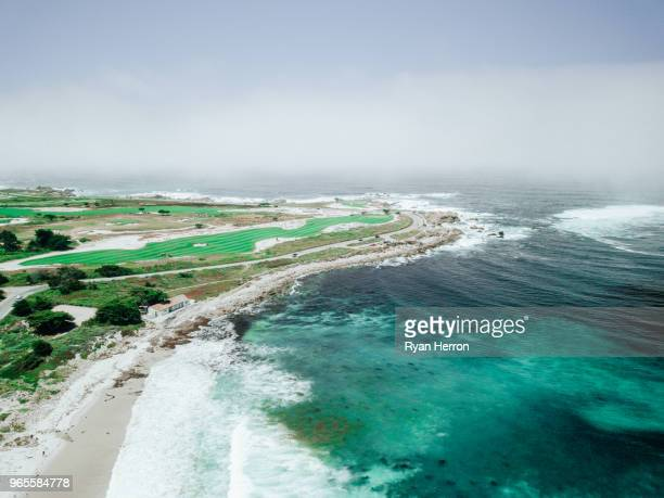 golf course on ocean coastline - pebble beach california stock pictures, royalty-free photos & images
