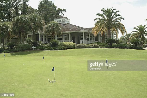 golf course - カントリークラブ ストックフォトと画像