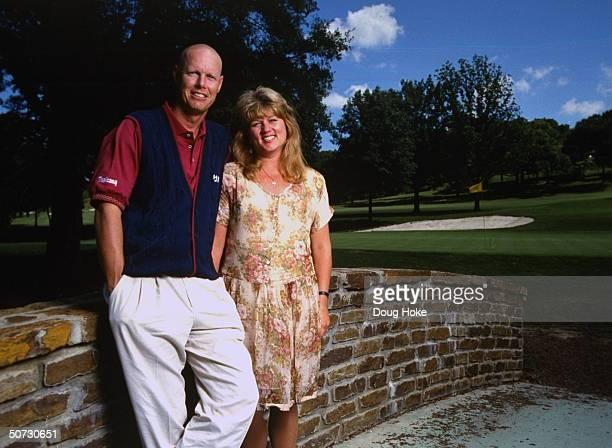 Feature Portrait of Paul Azinger w wife Toni