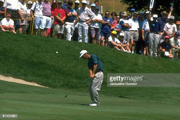 Golf Greater Hartford Open Corey Pavin in action chip during tournament at TPC River Highlands Hartford CT 6/23/19956/25/1995