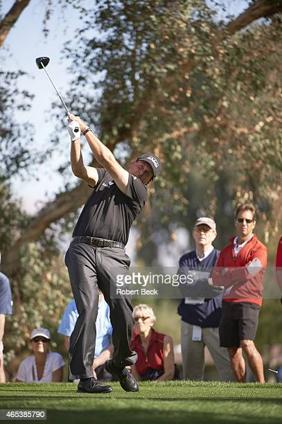Humana Challange: Phil Mickelson in action, drive on Thursday at La Quinta CC. La Quinta, CA 1/22/2015 CREDIT: Robert Beck