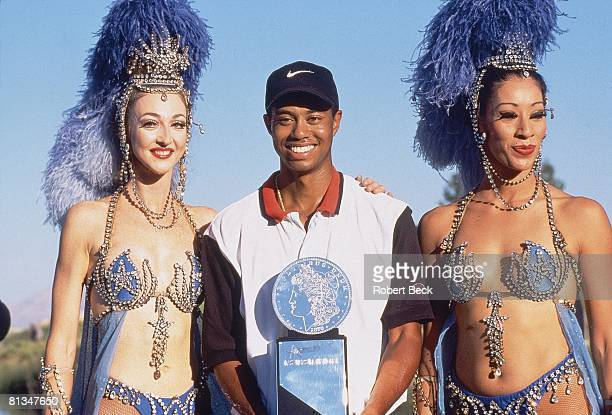 Golf: Las Vegas Invitational, Tiger Woods victorious with trophy at Las Vegas National, Las Vegas, NV 10/6/1996
