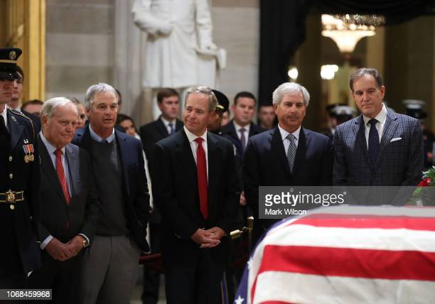 Golf legend Jack Nicklaus golfer Fred Couples sportscaster Jim Nantz and members of the sporting community pay their respect in front of the casket...