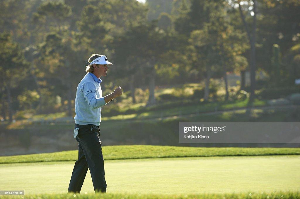 Brandt Snedeker during Sunday play at Pebble Beach Golf Links. Kohjiro Kinno F64 )