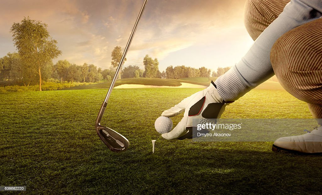 Golf: Preparing for strike : Stock Photo