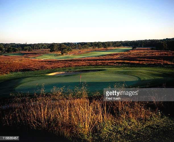 Scenic view of No 18 at Shinnecock Hills GC Southampton NY CREDIT Fred Vuich/Golf Magazine