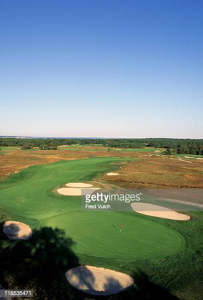 Scenic view of No 18 at Shinnecock Hills GC. Southampton, NY 1/1/1990-- CREDIT: Fred Vuich/Golf Magazine