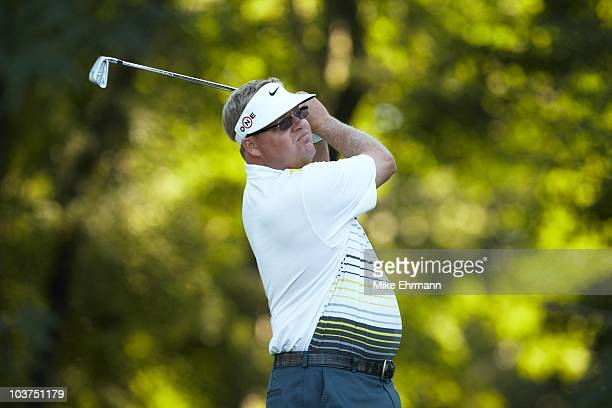 Carl Pettersson in action during Friday play at Ridgewood CC. FedEx Cup. Paramus, NJ 8/27/2010 CREDIT: Mike Ehrmann