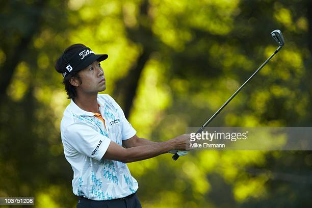 Kevin Na in action during Friday play at Ridgewood CC. FedEx Cup. Paramus, NJ 8/27/2010 CREDIT: Mike Ehrmann