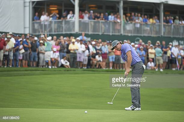 Rory McIlroy in action, putt during Friday play at Ridgewood CC. FedEx Cup. Paramus, NJ 8/22/2014 CREDIT: Carlos M. Saavedra