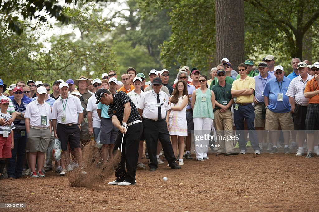 Louis Oosthuizen in action from woods during Thursday play at Augusta National. Robert Beck F138 )