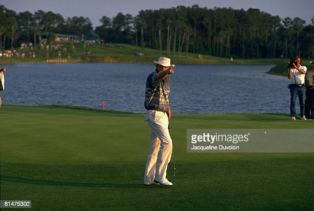Golf: The Players Championship, Greg Norman pointing during Thursday play at TPC Sawgrass, Ponte Vedra, FL 3/24/1994