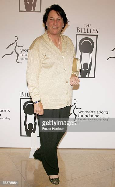 Golfer Amy Alcott arrives at the inaugural The Billies presented by The Women's Sports Foundation at the Beverly Hilton Hotel on April 20 2006 in...