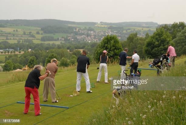 Golfer BenefizGolfTurnier des PromiCharityGolfClubs Eagles zugunsten des parkinsonkranken ExStarTenor P E T E R H O F M A N N GolfHotel Fahrenbach...