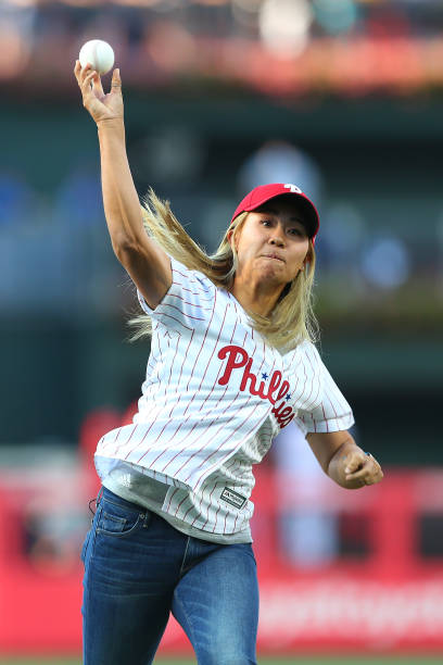 https://media.gettyimages.com/photos/golfer-danielle-kang-throws-out-the-first-pitch-before-a-baseball-picture-id1162269555?k=6&m=1162269555&s=612x612&w=0&h=Plal-fQRJ5-Rqr-mwHFe4tALcZT414TxwMouLvID9e4=