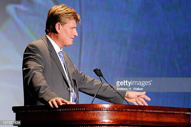 Golfer Ernie Els speaks at the 26th Annual Great Sports Legends Dinner to benefit the Buoniconti Fund To Cure Paralysis at The Waldorf=Astoria on...