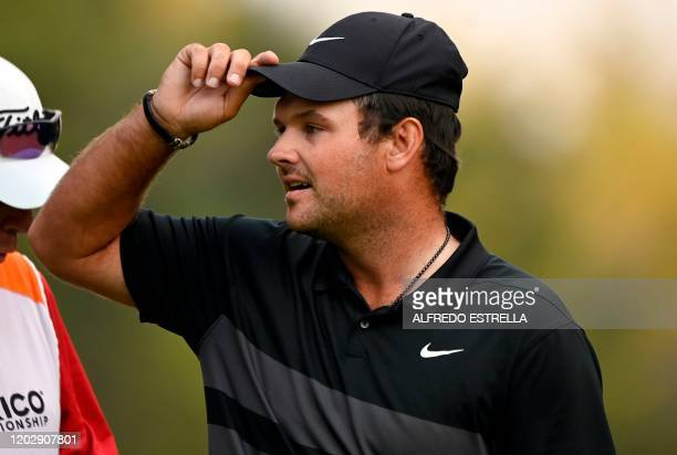 US golfer Patrick Reed gives the thanks on the 18th green during the fourth and last round of the World Golf Championship at Chapultepec's Golf Club...