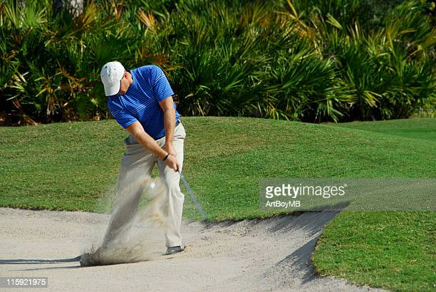 golfer sandtrap - sand trap stock pictures, royalty-free photos & images