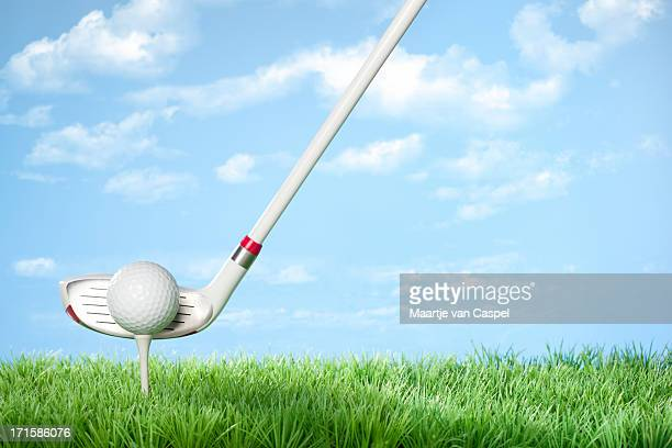 golfing concept series - with clouds - studio shot stockfoto's en -beelden