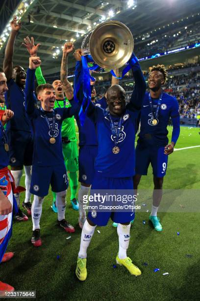 Golo Kante of Chelsea celebrates with the trophy during the UEFA Champions League Final between Manchester City and Chelsea FC at Estadio do Dragao...