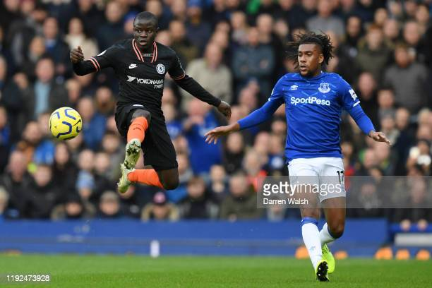 Golo Kante of Chelsea controls the ball from Alex Iwobi of Everton during the Premier League match between Everton FC and Chelsea FC at Goodison Park...