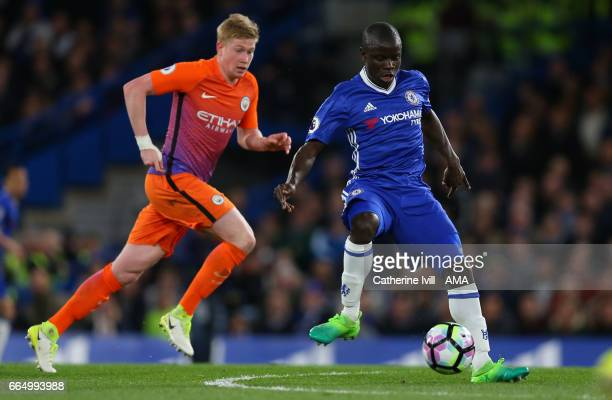 N'golo Kante of Chelsea gets away from Kevin De Bruyne of Manchester City during the Premier League match between Chelsea and Manchester City at...