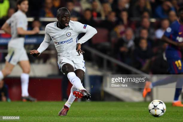 Golo Kante of Chelsea in action during the UEFA Champions League Round of 16 Second Leg match FC Barcelona and Chelsea FC at Camp Nou on March 14...