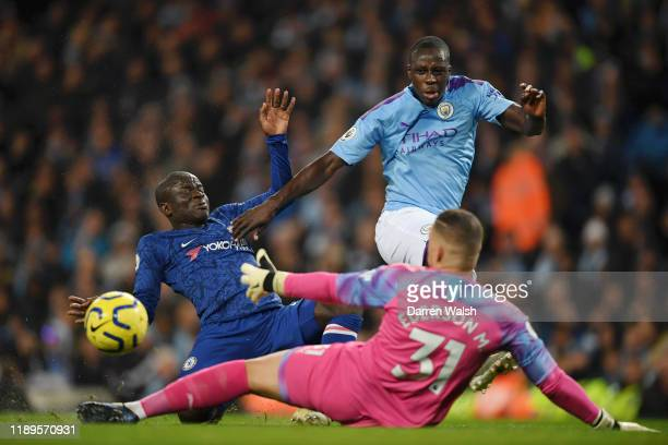 Golo Kante of Chelsea scores his team's first goal during the Premier League match between Manchester City and Chelsea FC at Etihad Stadium on...
