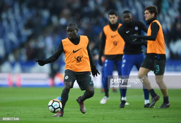 Golo Kante of Chelsea warms up with team mates prior to The Emirates FA Cup Quarter Final match between Leicester City and Chelsea at The King Power...