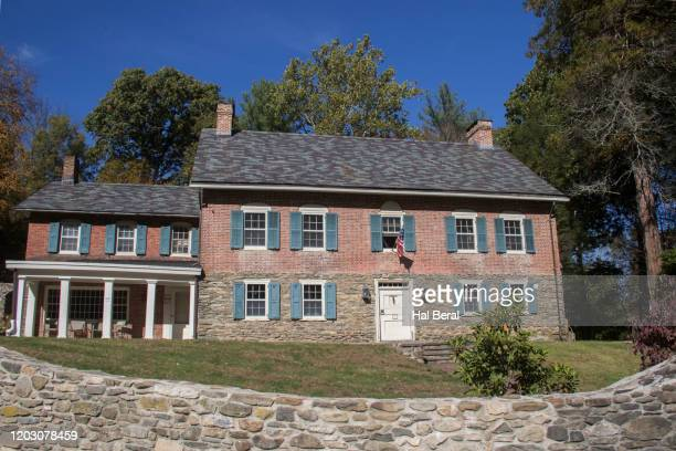 gomez mill house - trading_post stock pictures, royalty-free photos & images