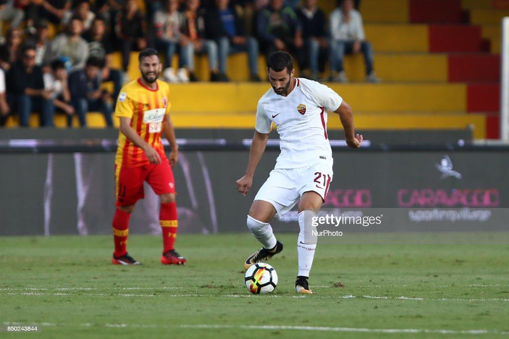 Benevento Calcio v AS Roma - Serie A : Fotografía de noticias