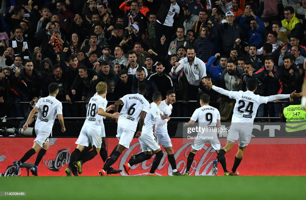 Valencia CF v Real Madrid CF - La Liga : ニュース写真