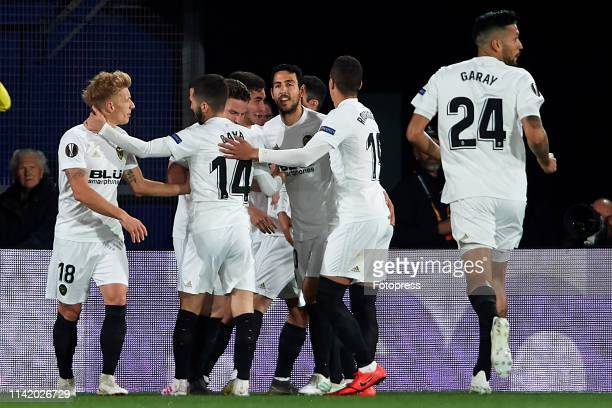 Goncalo Guedes of Valencia CF celebrates after scoring his team's first goal with teammates during the UEFA Europa League Quarter Final First Leg...