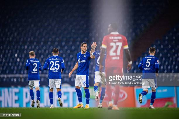 Goncalo Paciencia of Schalke celebrates his teams first goal with team mates of Schalke during the Bundesliga match between FC Schalke 04 and 1. FC...