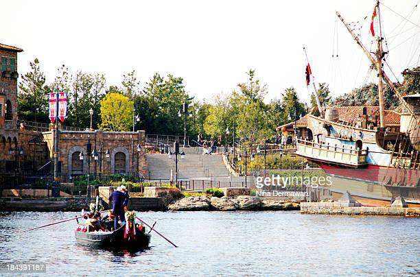 CONTENT] Gondola and Italian architecture at Mediterranean Harbour Tokyo Disney Sea